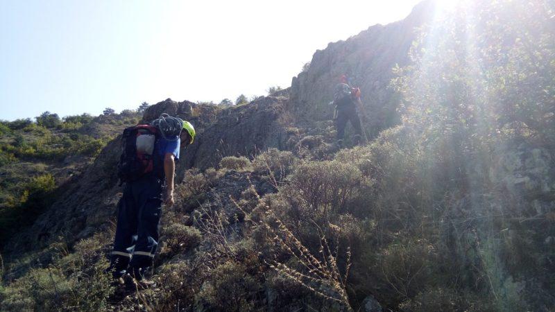 Cотрудники экстренных служб сняли соскалы нагоре «Аю-Даг» 2-х женщин