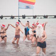 «Моржи» в Евпатории купальный сезон-2017 всё-таки открыли
