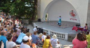 Фестиваль фламенко в Никитском ботаническом саду - фееричный калейдоскоп