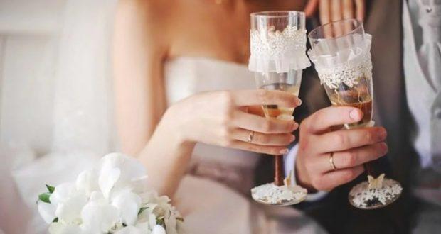 Выбираем подарок на свадьбу. Стекло – можно, главное, чтобы от души