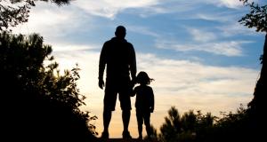 Мужчина похитил собственную дочь и приехал жить с ней в Крым