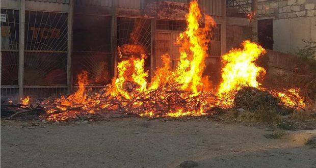 В Керчи сгорел магазин
