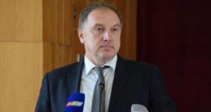Уволен заместитель главы администрации Симферополя Валерий Гуменюк. За мусор