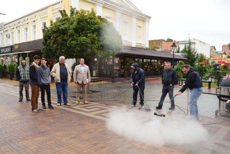 В Симферополе намерены с особым вниманием относиться к тротуарной плитке в центре города
