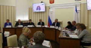 Сергей Аксёнов поручил усилить контроль заказчиков на объектах ФЦП
