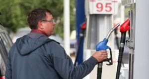ФАС о ценах на бензин в Крыму. Причина не нова - логистика