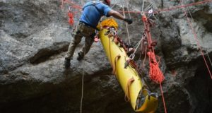 «КРЫМ-СПАС» проводит тренировки спасательных работ в обводненных пещерах