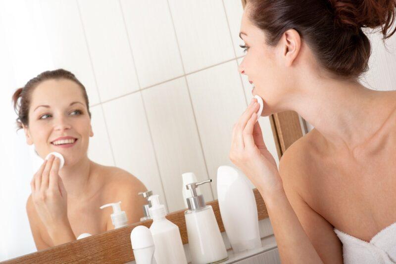 Чистая и молодая кожа лица в домашних условиях – это просто и доступно!