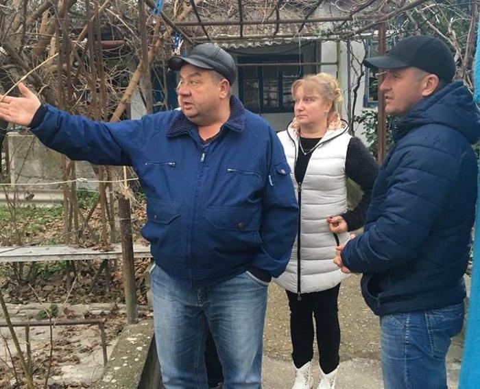 По следам депутатского приема. Севастопольский «Доброволец» отправился в поселок Сахарная головка