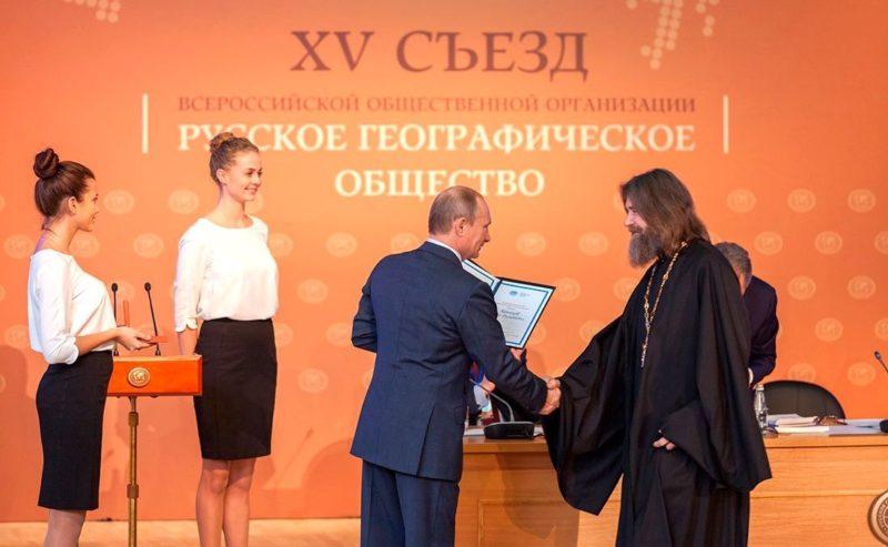 Что и кто связывает Общественное Движение «Доброволец» и путешественника Федора Конюхова