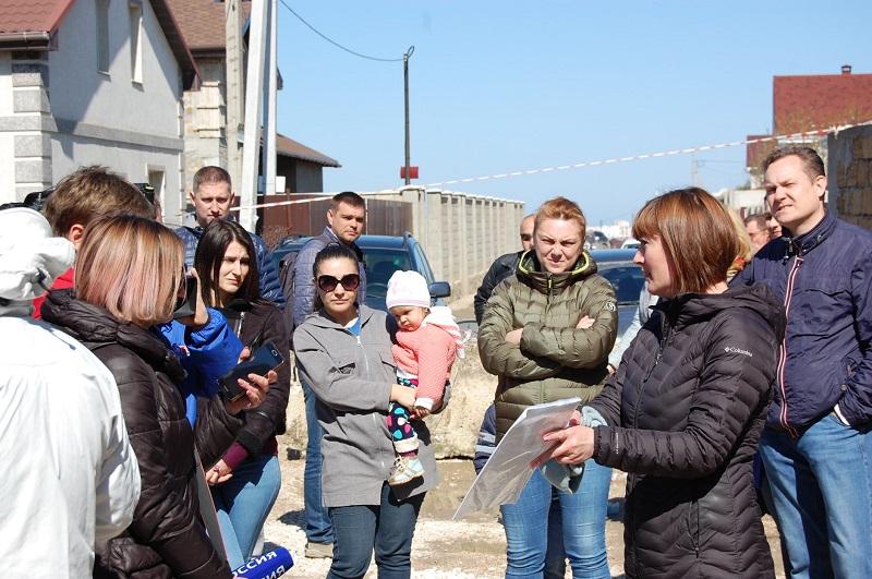 В патовой ситуации в СТ «Родник» разбирается балаклавский депутат Дмитрий Голиков