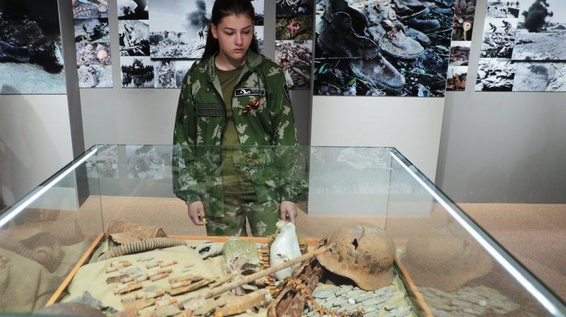 75-летию освобождения Крыма посвящается. В Симферополе открылась выставка «Война глазами поисковиков»