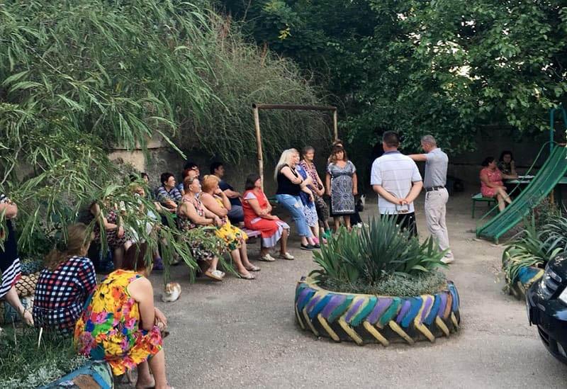 Общественное Движение «Доброволец»: жители микрорайона Максимова дача объединяются
